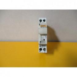 Sectionneur fusible Merlin Guerin STI 10,3x38