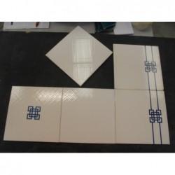 Faïence blanc et bleu (20 x 20)- Lot de 2,30 m²
